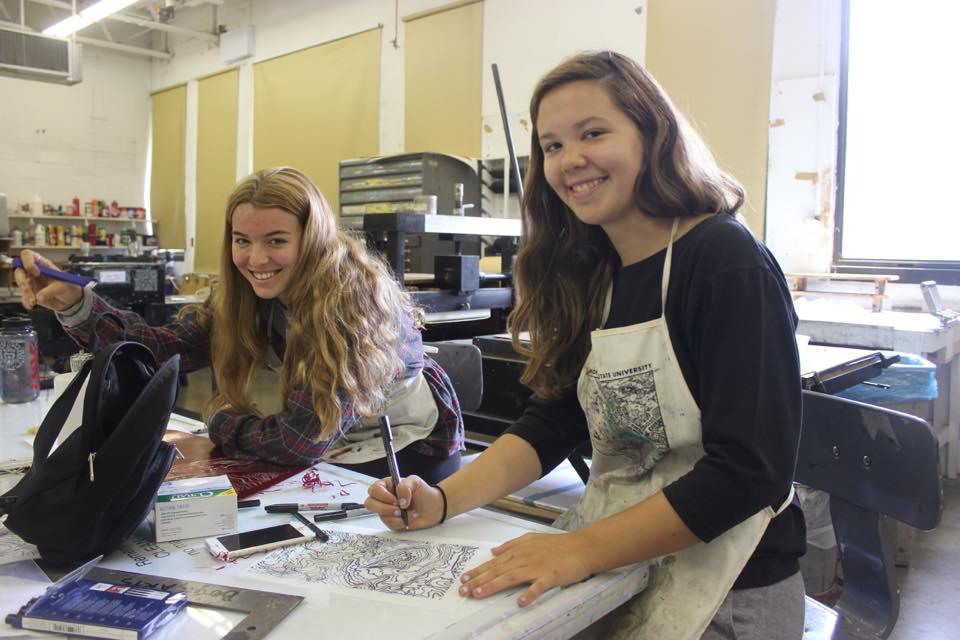 Sara Schmetterling and Erin Silverman Earn Senior Spotlight