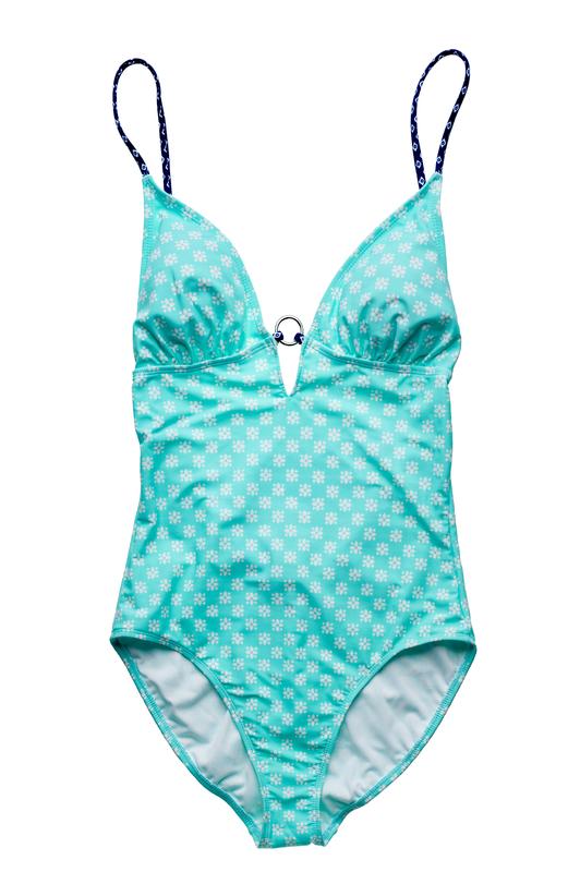 Swimwear from poolside to Sidewalk