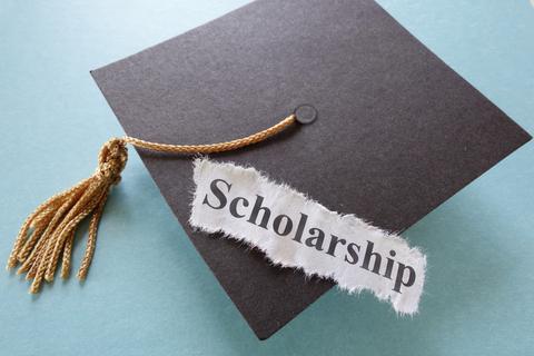 Clem Taylor Journalism Scholarship