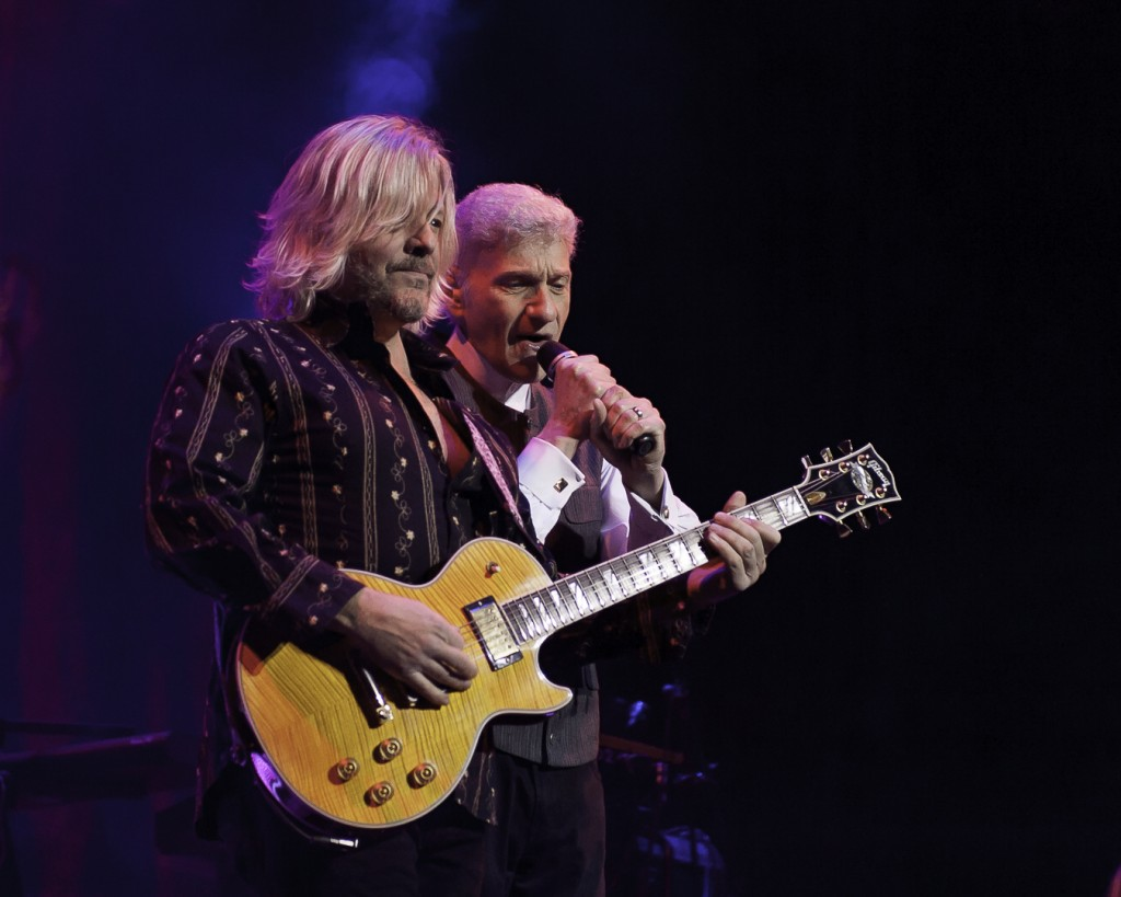 Jimmy Leahey plays Guitar with Dennis DeYoung on vocals at the Wellmont, January 22, 2016