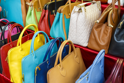 Handbag Needs with Dot Reeder