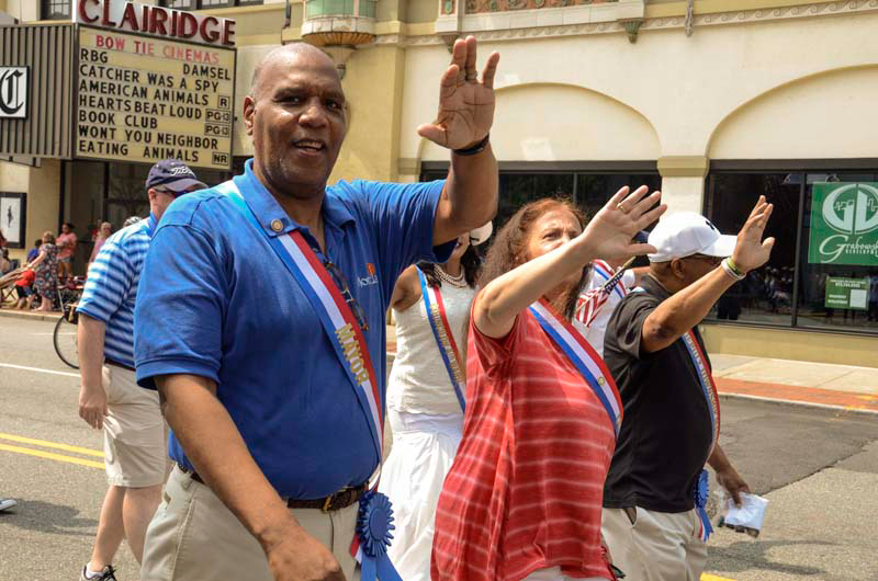 Mayor Jackson Marches Along // Photo By Raymond Hagans